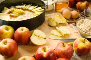 Rezept Obstkuchen mit Nüssen ohne Zucker, Apfelkuchen, Zwetschgenkuchen, Birnenkuchen, Marillenkuchen, Blechkuchen, Obsttorte, Fruchtkuchen, Früchtetorte, Früchtekuchen, zuckerfrei, ohne Zucker