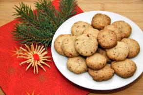 Rezept Vegane Nussplätzchen zuckerfrei, Nusskekse, Kekse mit Nüsse