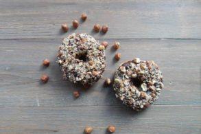 Vollwertige Donuts mit Birkenzucker