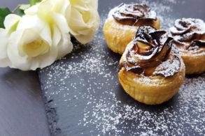 Rezept Apfelrosen vegan, Apfelmuffins, Blätterteigrosen, Rosenmuffins, zuckerfrei, ohne Zucker