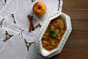 Rezept Apfelkompott mit Ingwer und Kardamom ohne Zucker