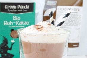 Heiße Schokolade mit Rohkakao ohne Zucker