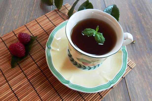 Rezept Grüner Tee mit Himbeeren und Minze mit Birkenzucker