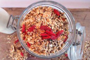 Powermüsli, DIY-Müsli, Müsli mit Superfoods, Granola, zuckerfreies Müsli