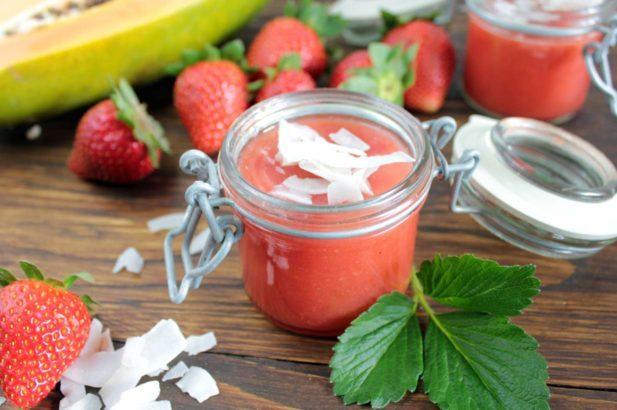Rezept Papaya Erdbeer Marmelade mit Kokos ohne Zucker mit Xylit