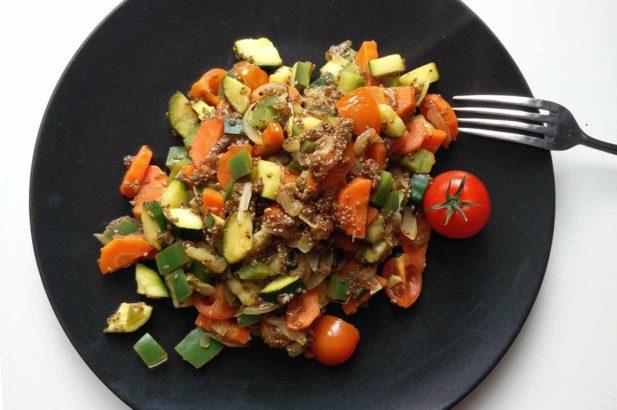 Chiapfanne, Gebratenes Gemüse, Chia-Gemüse, Bunte Gemüsespeise