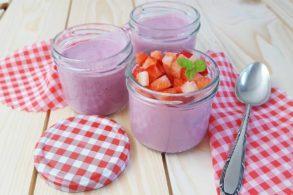 Creme mit Erdbeeren, zuckerfrei, ohne Zucker, Erdbeerdessert