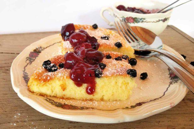 Auflauf mit Grieß, Süßer Auflauf, Grießauflauf mit Obst, Kirschauflauf, Grießspeise,, zuckerfrei, mit Xylit