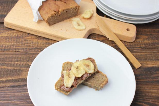Veganer Bananenkuchen, Bananabread, Brot aus Bananen, zuckerfrei, ohne Zucker, mit Xylit