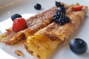 Palatschinken, Pfannkuchen, Brombeermarmelade, Brombeermus, zuckerfrei, ohne Zucker