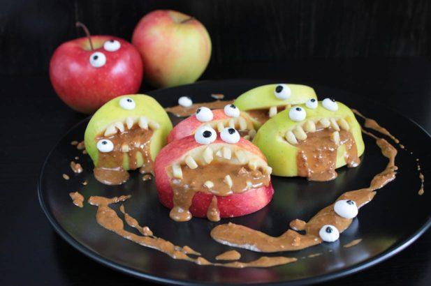 Obst für Kinder, Apfelgesichter, Apfelfiguren, Obstmonster, Halloweensnack, Kinderparty, Halloweenrezept, zuckerfrei, ohne Zucker