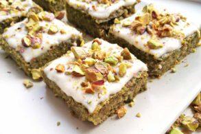 Pistazientorte, Kuchen mit Pistazien, Veganer Kuchen, zuckerfrei, ohne Zucker, Grüner Kuchen