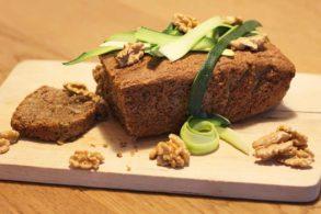 Süßes Brot, Nusskuchen, Zucchinikuchen, Walnusskuchen, Walnussbrot, Zucchinibrot, ohne Zucker, zuckerfrei, glutenfrei