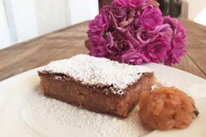 Apfelkuchen. gedeckter Apfelkuchen, Apfelstrudel, Apfelschnitten, Apfel-Kakao Kuchen