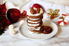 Lebkuchen Palatschinken, Pancakes mit Hafer, Pfannkuchen mit Lebkuchengewürz, Nuss Pancakes, Joghurt Pancakes mit Pecan Nuessen