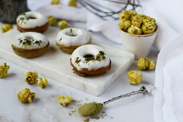 Donuts mit Matcha, Zuckerfreie Donuts mit Matcha, Matcha Donuts ohne Zucker