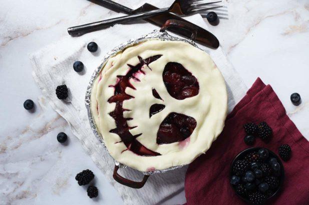 Beeren Pie, Grusel Pie, Gruselkuchen, Gruseltorte, Beeren Torte Halloween, Gespenstertorte