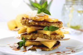 Pancakes mit Banane und Ananas zuckerfrei, Bananen Pancakes ohne Zucker, Ananas-Bananen Pancakes ohne Zucker