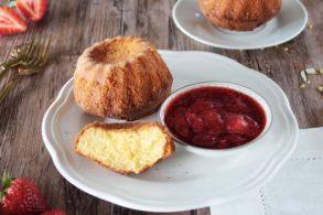 Dinkel Sandkuchen zuckerfrei, Sandkuchen zuckerfrei mit Erdbeersauce, Dinkel Sandkuchen mit Erdbeersauce, Zuckerfreier Dinkel Sandkuchen einfach